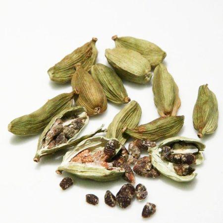 kardamon florihana esencialny olej bio